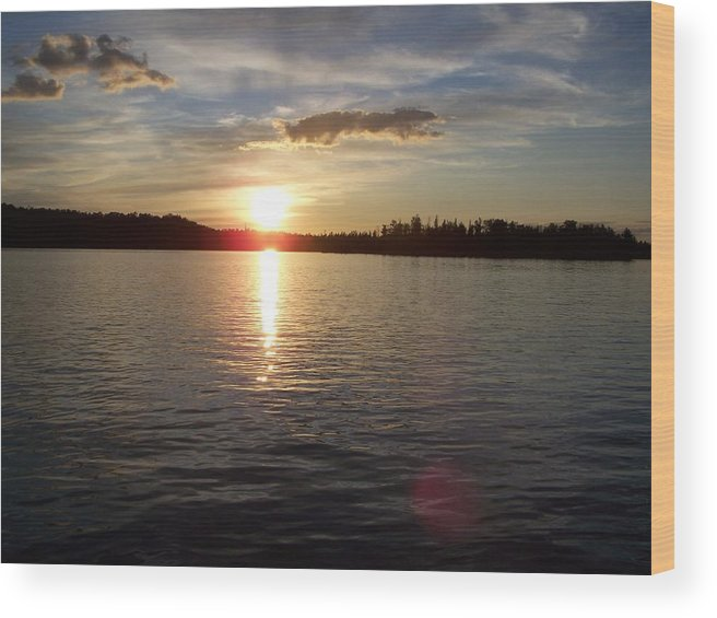 Minnesota Wood Print featuring the photograph Lake Wilson Sunset by Wendy Smith