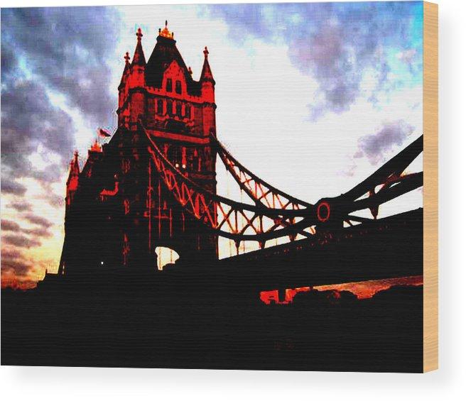 City Landscape Wood Print featuring the photograph London Bridge No 3 by Samuel H Gross Jr