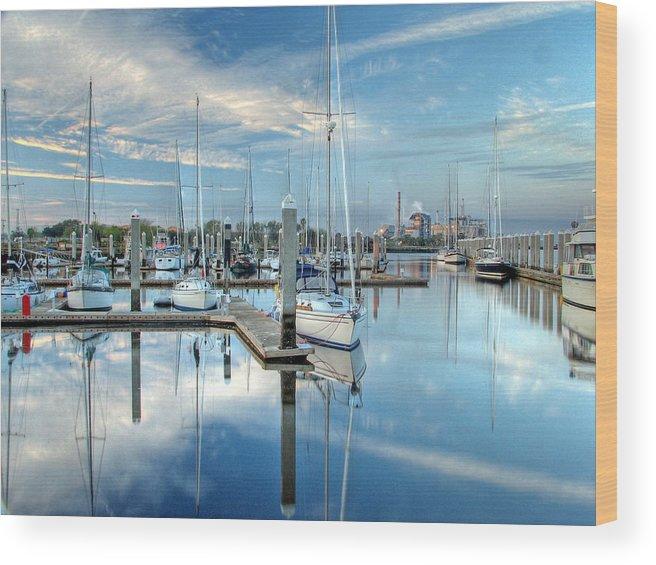 Fernandina Wood Print featuring the photograph Marina Sunrise by Farol Tomson