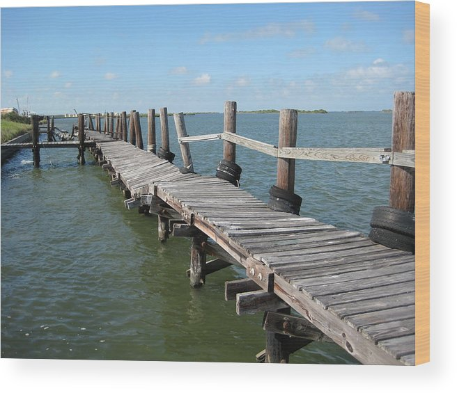Marine Wood Print featuring the photograph Old Pier by Wendell Baggett