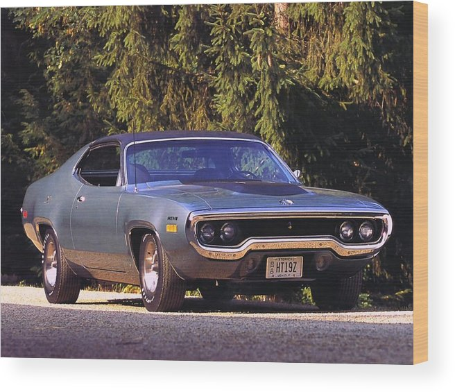 Plymouth Road Runner Wood Print featuring the digital art Plymouth Road Runner by Mery Moon