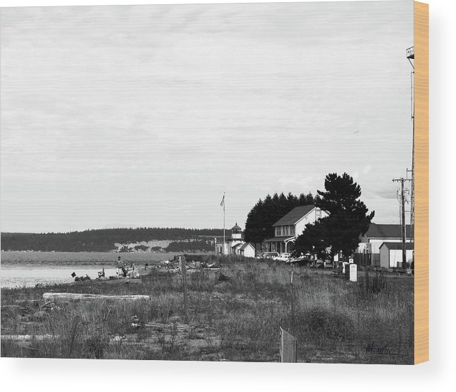 Hansville Washington Wood Print featuring the photograph Point No Point Light by Marti Green