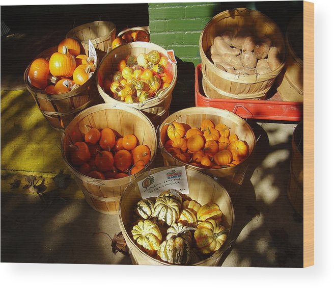 Pumpkins Wood Print featuring the photograph Pumpkins by Flavia Westerwelle