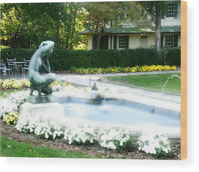 Fountain Wood Print featuring the photograph Reynolda Fountain by Scarlett Royal