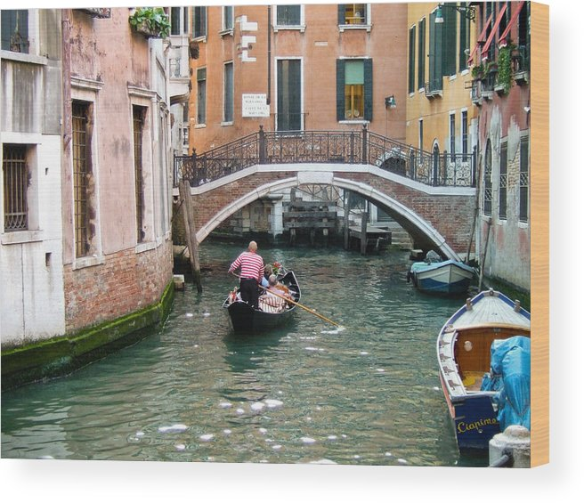 Venice Wood Print featuring the photograph Romantic Journey by Carl Jackson