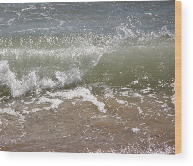 Wood Print featuring the photograph Splash by Carol Christopher