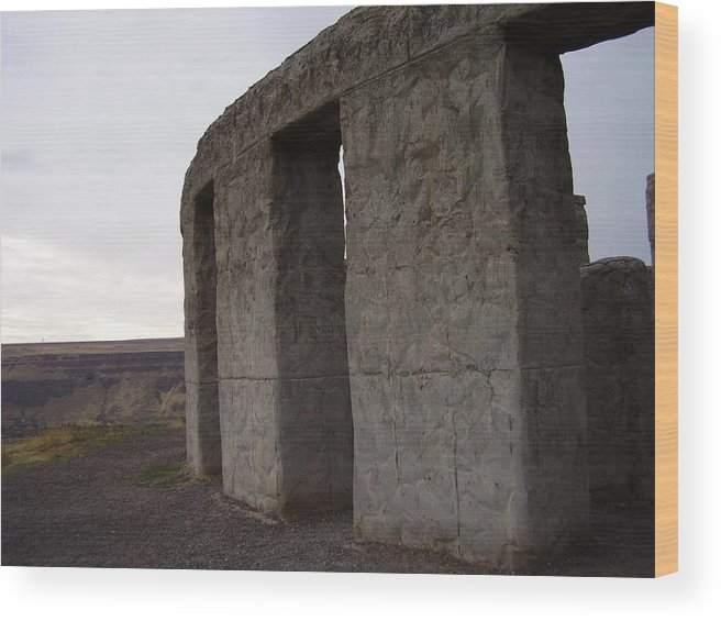 Landscape Wood Print featuring the photograph Stonehenge On The Columbia River by Yvette Pichette