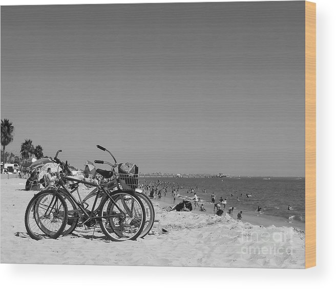 Landscape Wood Print featuring the photograph Summer Time by Hartono Tai