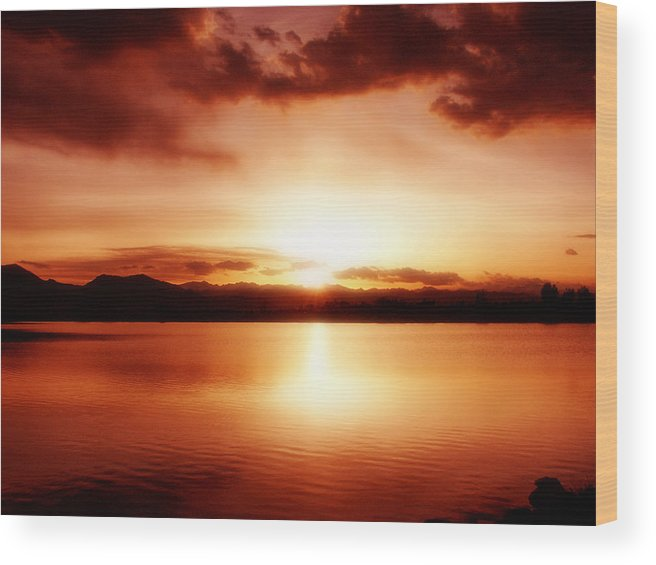 Lake Wood Print featuring the photograph Sunset by Marilyn Hunt