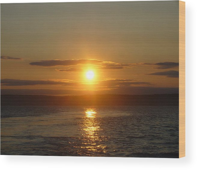 Landscape Wood Print featuring the photograph Sunset On The Horizon 6 by Sharon Stacey