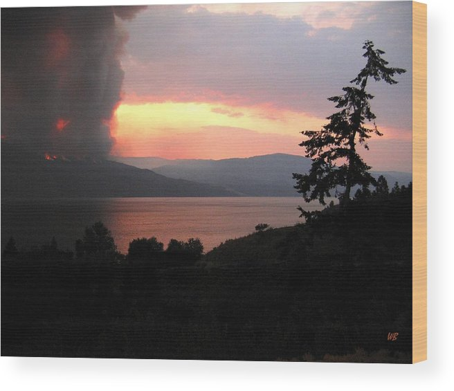 Forest Fire Wood Print featuring the photograph Terrace Mountain Fire 4 by Will Borden