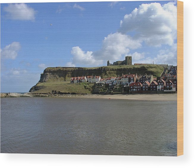 Whitby Abbey Wood Print featuring the photograph The Majestic East Cliff by Rod Johnson
