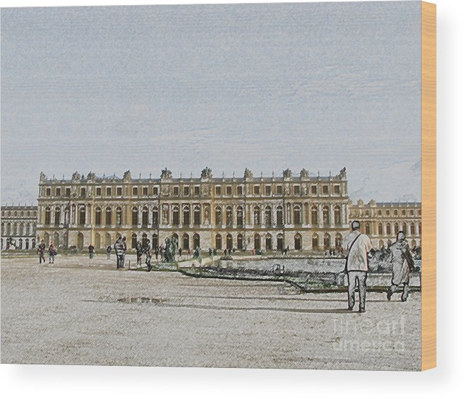 Palace Wood Print featuring the photograph The Palace Of Versailles by Amanda Barcon