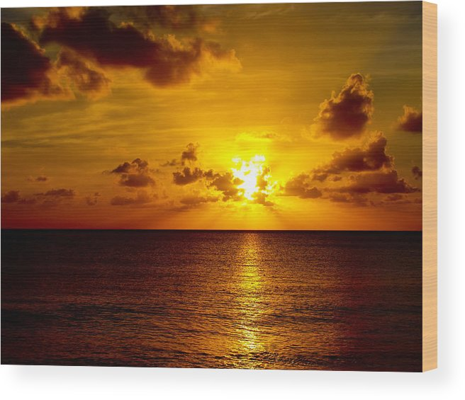 Sunset Wood Print featuring the photograph Virgin Islands Sunset by Linda Morland