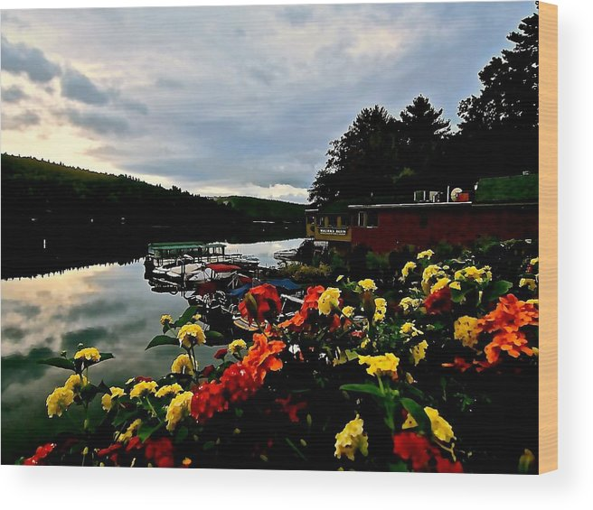 Lake Wood Print featuring the photograph Walter's Basin 3 by Elizabeth Tillar