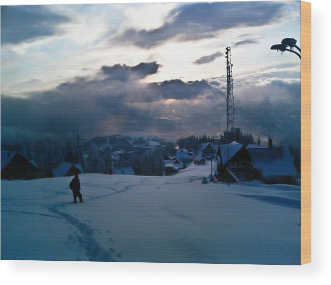 Winter Landscape Wood Print featuring the photograph winter-Parang 3 by Victor F Colerdi