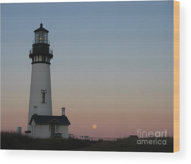 Lighthouse Wood Print featuring the photograph Yaquina Head Lighthouse At Dawn by Juli House