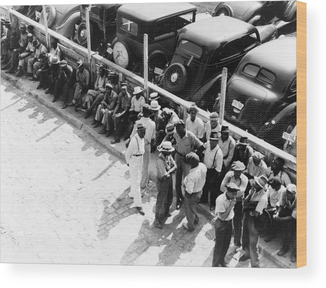 1938 Wood Print featuring the photograph Memphis Unemployed, 1938 by Granger