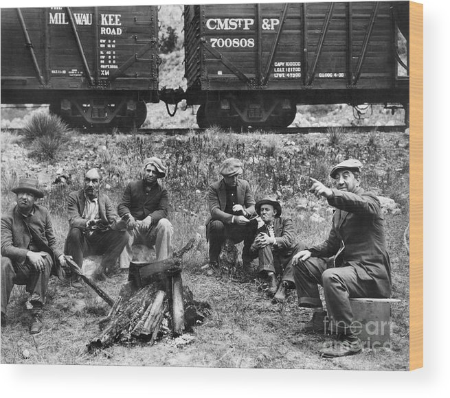 1920s Wood Print featuring the photograph Group Of Hoboes, 1920s by Granger