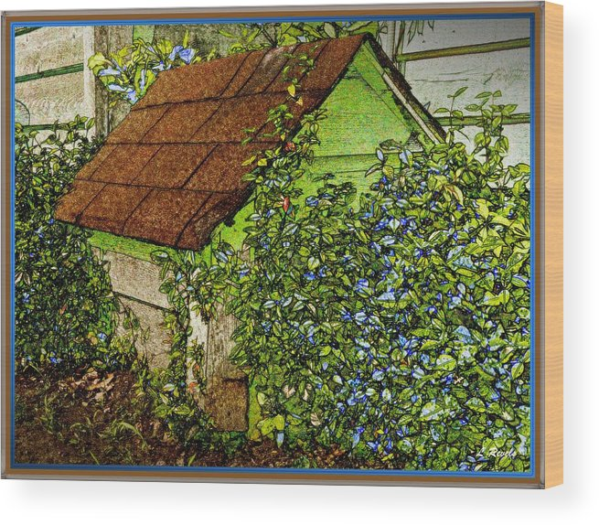 Garden Wood Print featuring the photograph Quite Lonely Really by Leslie Revels