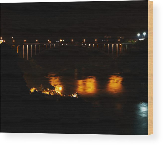Niagara Wood Print featuring the photograph Rainbow Bridge by Ray Akey
