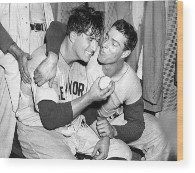 American League Baseball Wood Print featuring the photograph Joe Dimaggio Rewards Winning Pitcher by New York Daily News Archive