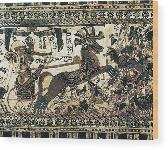 Horizontal Wood Print featuring the photograph Painted Chest Depicting A King by Everett