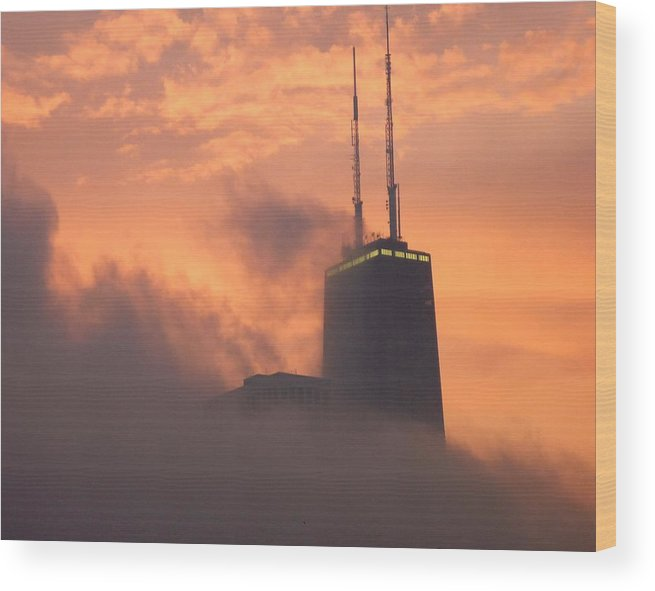 Chicago Wood Print featuring the photograph Chicago Dusk by Valentino Visentini