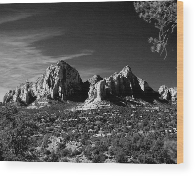 Arizona Wood Print featuring the photograph Capital Dome I by Randy Oberg