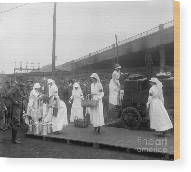 1918 Wood Print featuring the photograph Red Cross: Canteen, C1918 by Granger