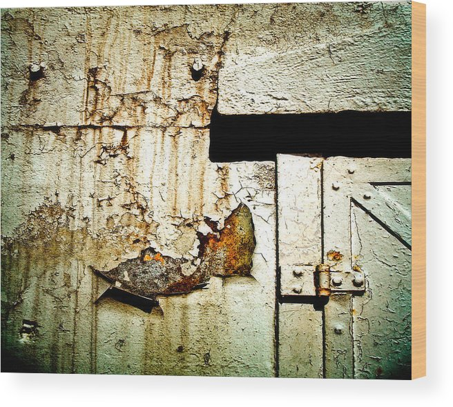 Oil Wood Print featuring the photograph Time by Emilio Lovisa