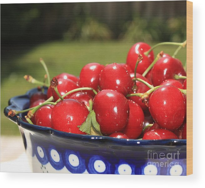 Cherries Wood Print featuring the photograph Bowl Of Cherries In The Garden by Carol Groenen