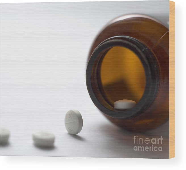 Pills Wood Print featuring the photograph Haloperidol Tablets And Bottle by Robert Brook