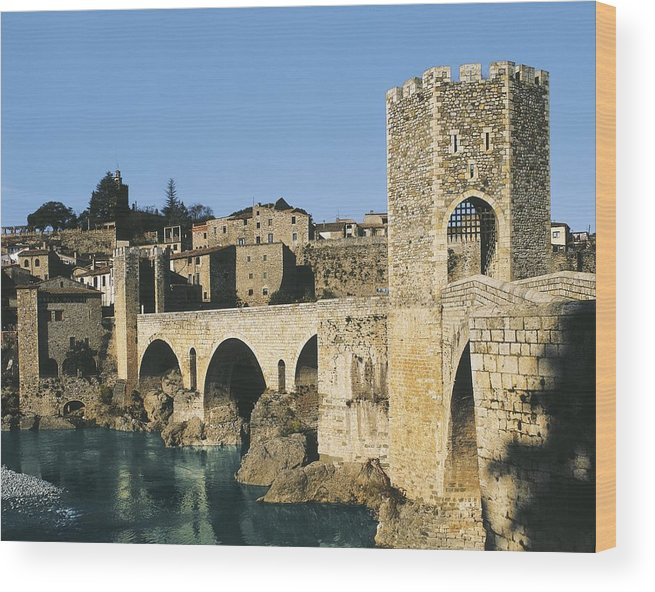 Horizontal Wood Print featuring the photograph Spain. Catalonia. Gerona. Besal� by Everett