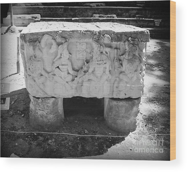 Altar Wood Print featuring the photograph Altar At Copan Ruins In Honduras by Trude Janssen
