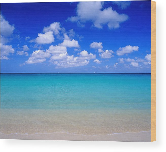 Aruba Wood Print featuring the photograph Aruba Sky And Sea by Robert Ponzoni