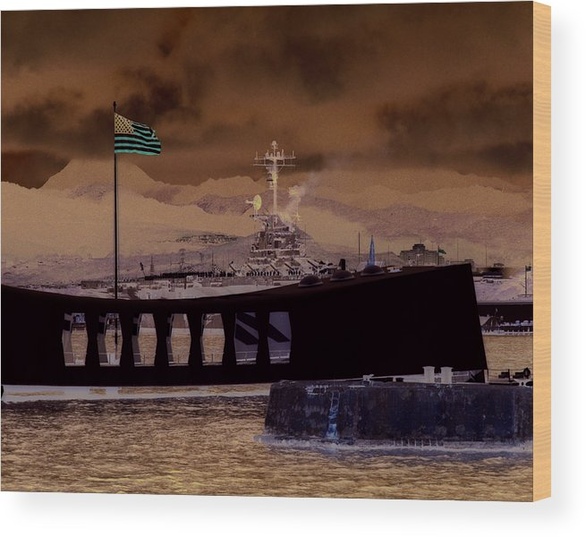 Hawaii Wood Print featuring the photograph Hornet In Pearl by Mike Ray