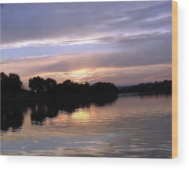 Snake River Wood Print featuring the photograph Sunset On The Snake by Dawn Blair