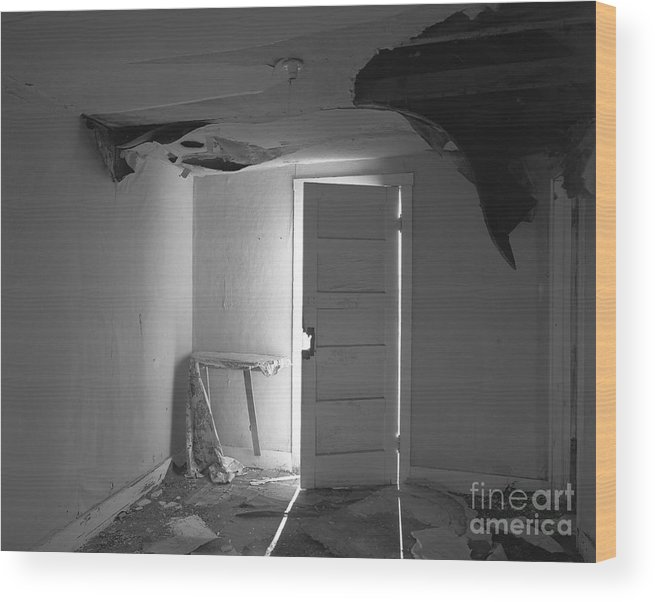 Christian Slanec Wood Print featuring the photograph The Forgotten Room by Christian Slanec
