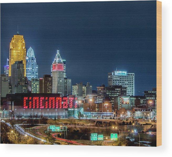 Cincinnati Wood Print featuring the photograph 2014 Cincinnati, Ohio Night Skyline by Dave Morgan
