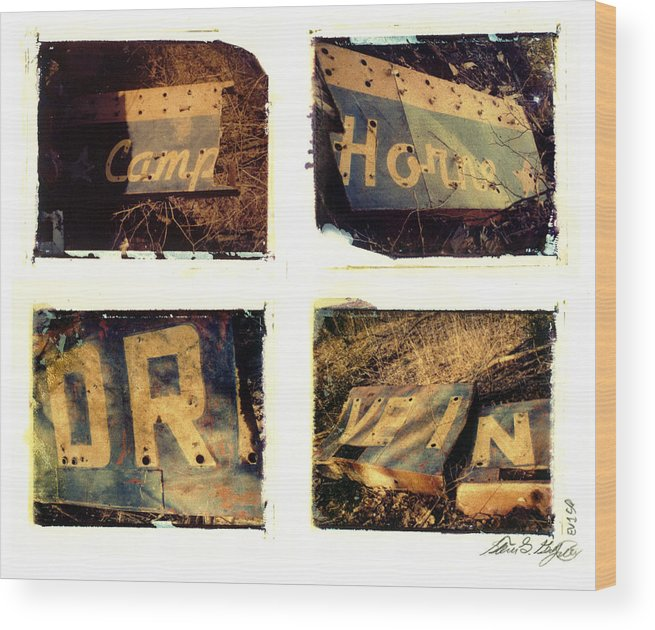 Pittsburgh Wood Print featuring the photograph Camp.horne.drive.in. by Steven Godfrey