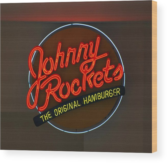 Macro Wood Print featuring the photograph Johnny Rockets by Rob Hans