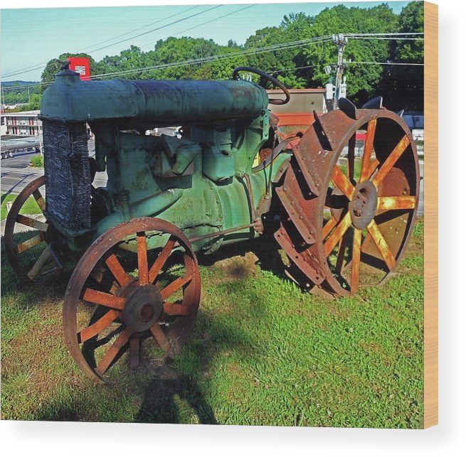Hurricane Mills Wood Print featuring the photograph Antique Tractor 3 by Ron Kandt