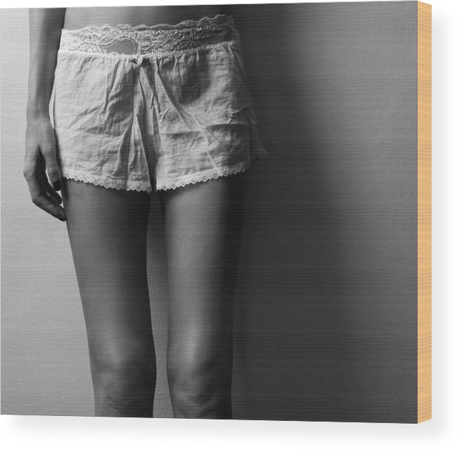 Blk And Wht Wood Print featuring the photograph Knees by Jae Feinberg