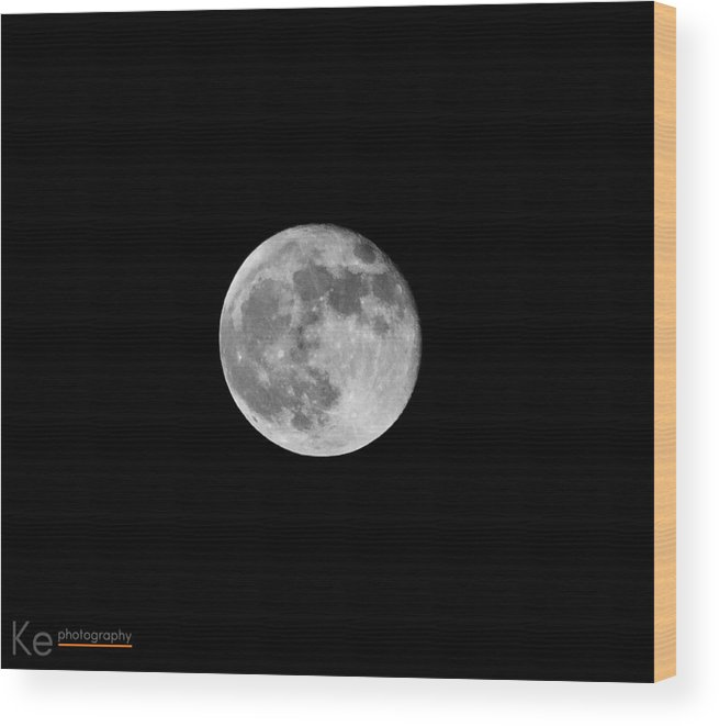Moon Wood Print featuring the photograph Full Moon by Koichi Endo