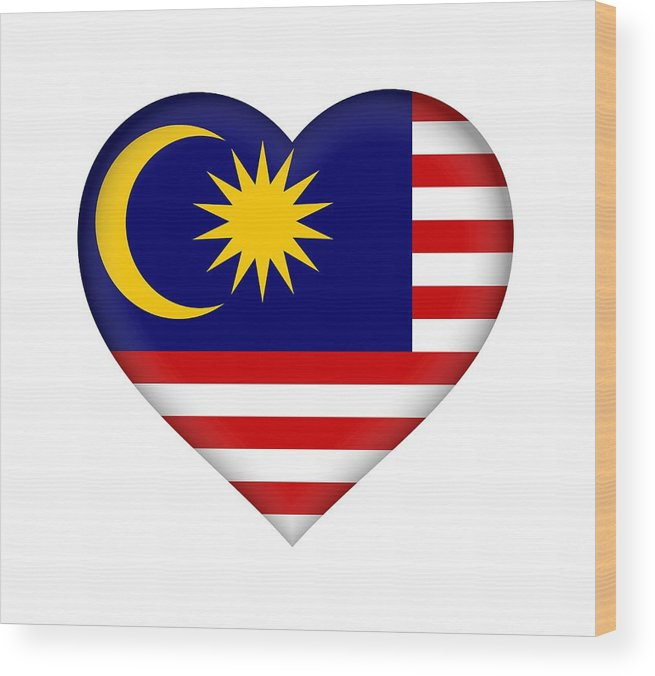 Malaysia Wood Print featuring the digital art Flag Of Malaysia Heart by Roy Pedersen