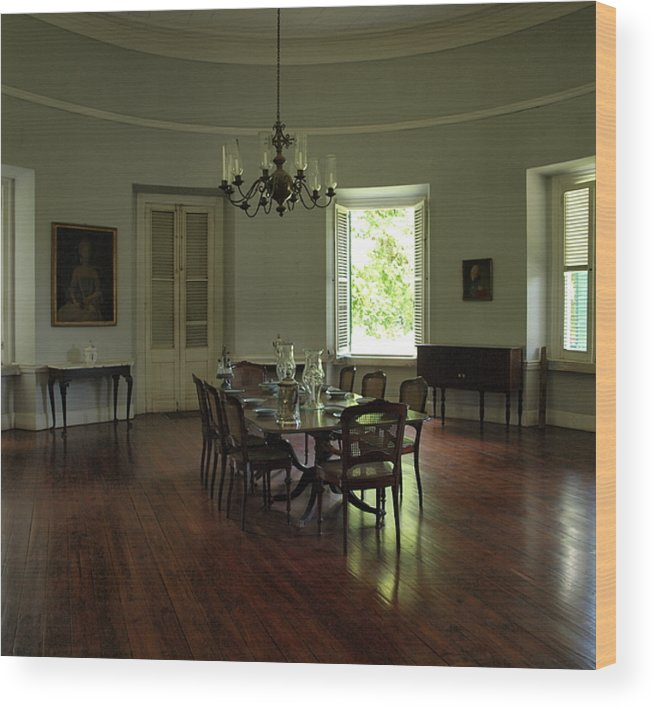 dinning Room Greathouse Wood Print featuring the photograph Greathouse Dinning by Dennis Stein