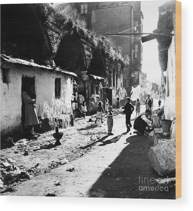 1952 Wood Print featuring the photograph Turkey: Istanbul, 1952 by Granger