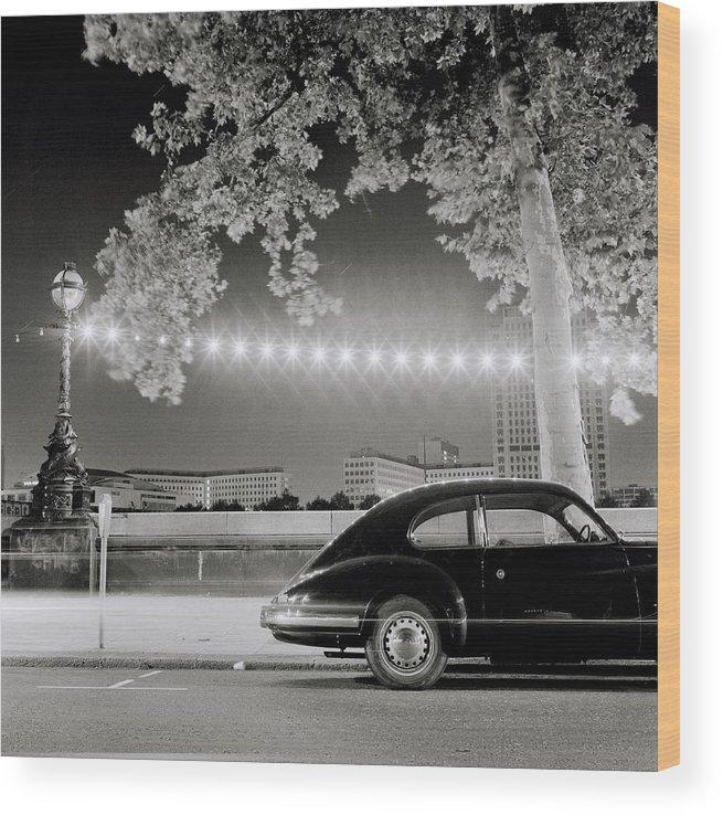 Porsche Wood Print featuring the photograph Classic London by Shaun Higson