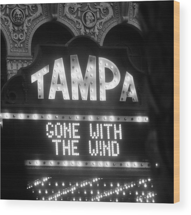 Gone With The Wind Wood Print featuring the photograph Tampa Theatre Gone With The Wind by David Lee Thompson